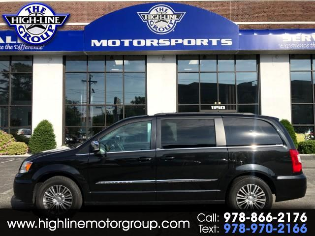 2014 Chrysler Town & Country Touring-L