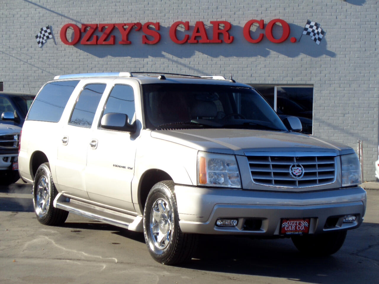 2005 Cadillac Escalade ESV 4WD 4dr Premium Luxury