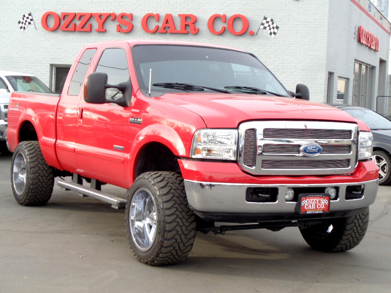 "2005 Ford Super Duty F-250 4WD SuperCab 142"" Lariat"