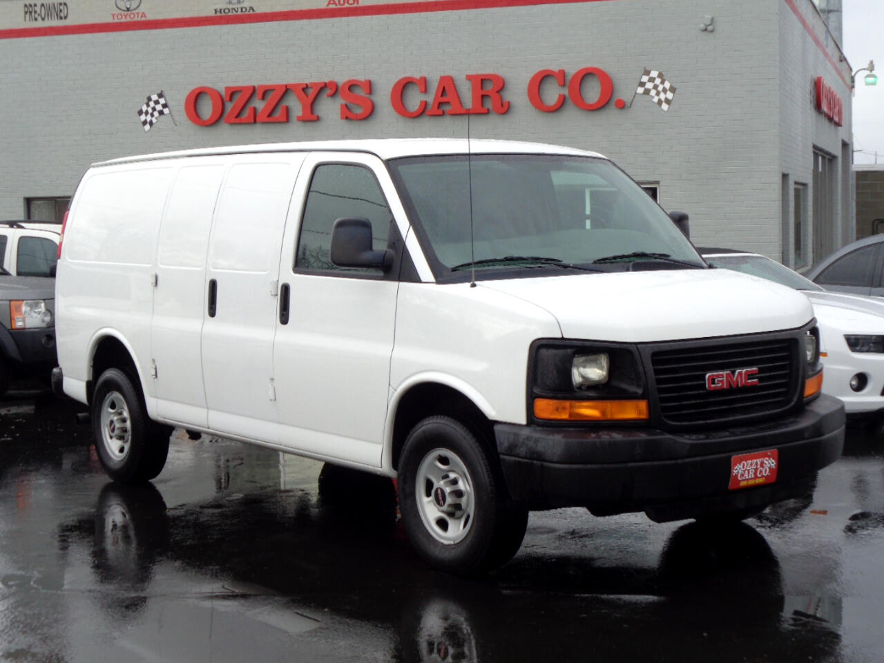 "2008 GMC Savana Cargo Van RWD 3500 135"""