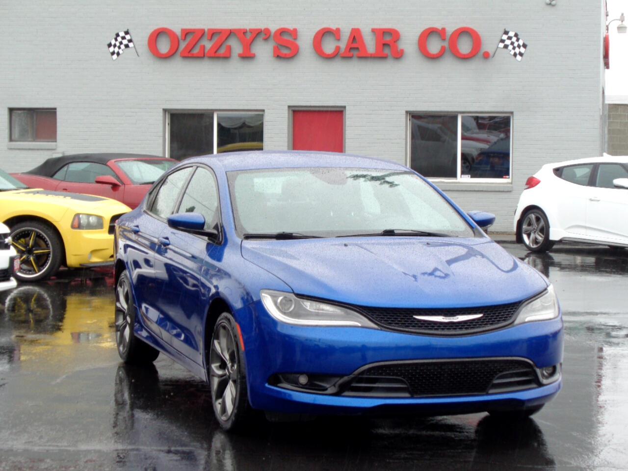 2015 Chrysler 200 4dr Sdn S FWD