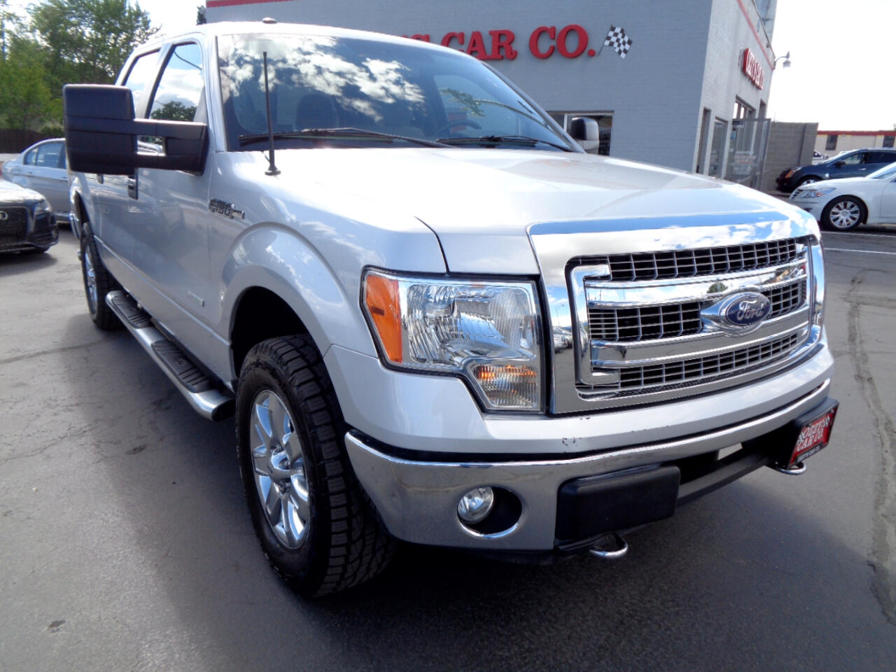 "2013 Ford F-150 4WD SuperCab 163"" XLT w/HD Payload Pkg"