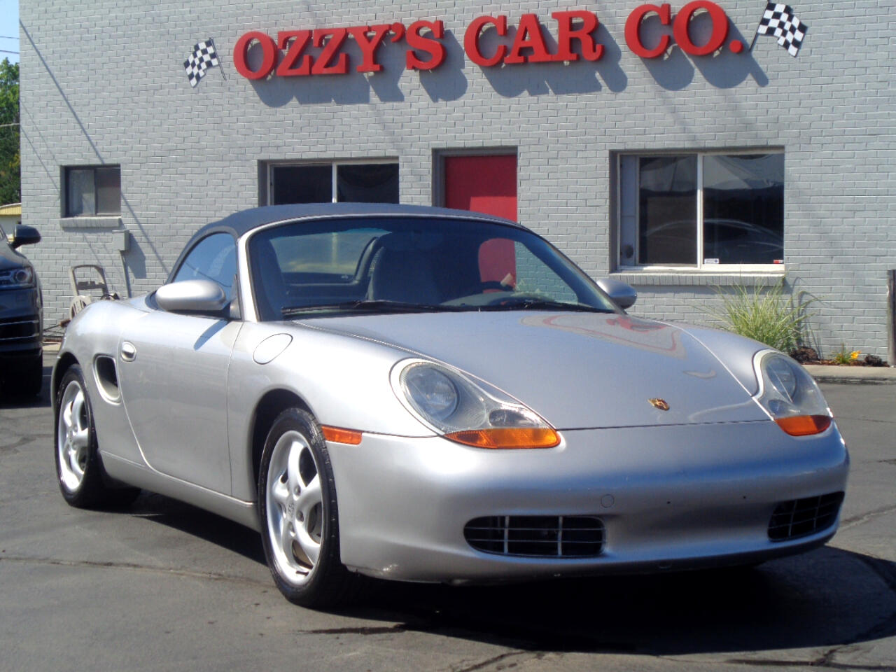 1999 Porsche Boxster 2dr Roadster w/Tiptronic