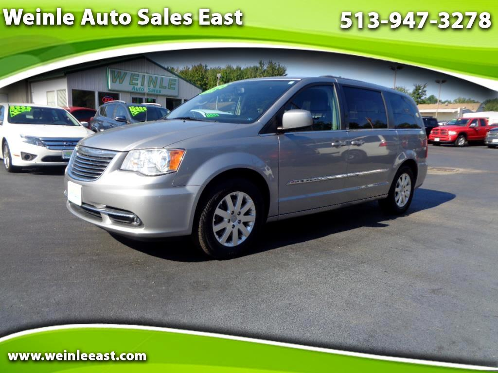 2013 Chrysler Town & Country TOURING LEATHER QUADS DVD SHARP