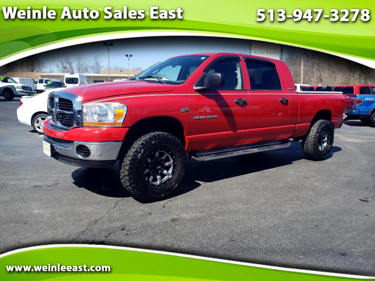 2006 Dodge Ram 1500 4DR MEGA CAB SLT 4WD CUSTOM WHEELS SHARP