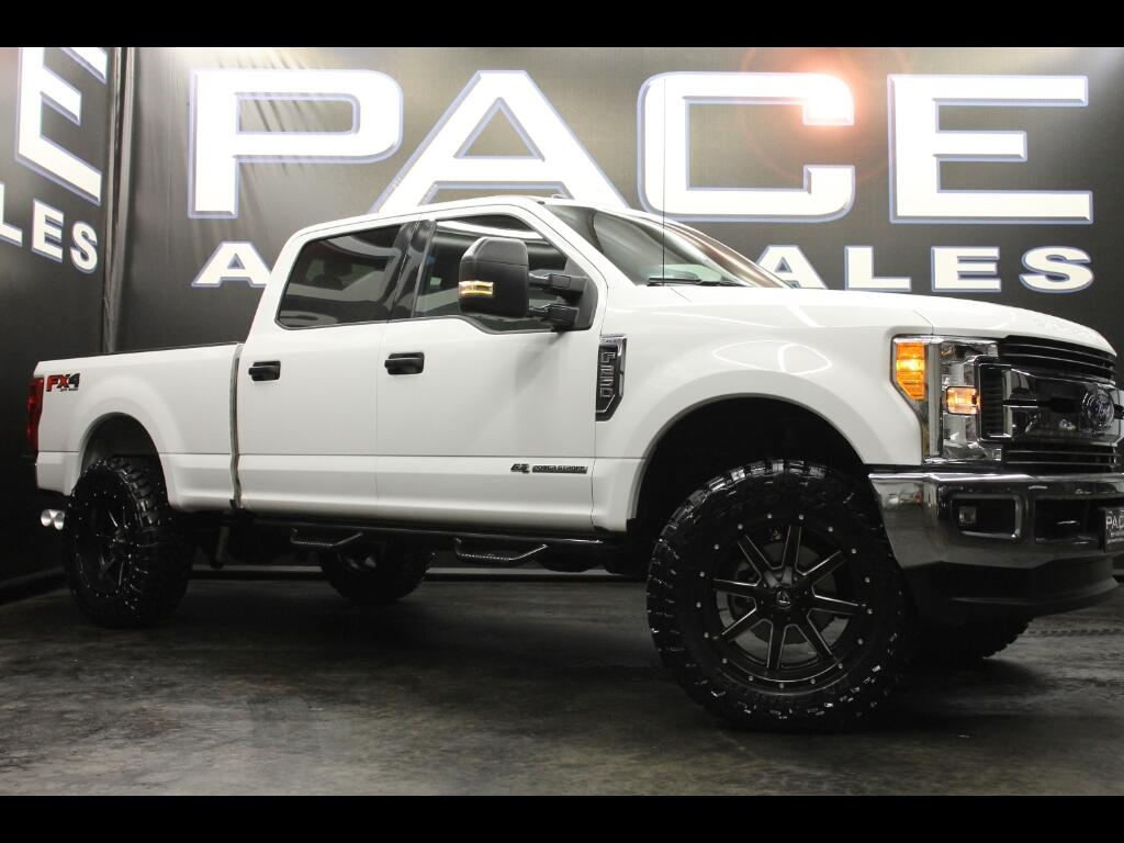 2017 Ford F-250 SD FX4 Crew Cab 4WD Leveled Custom