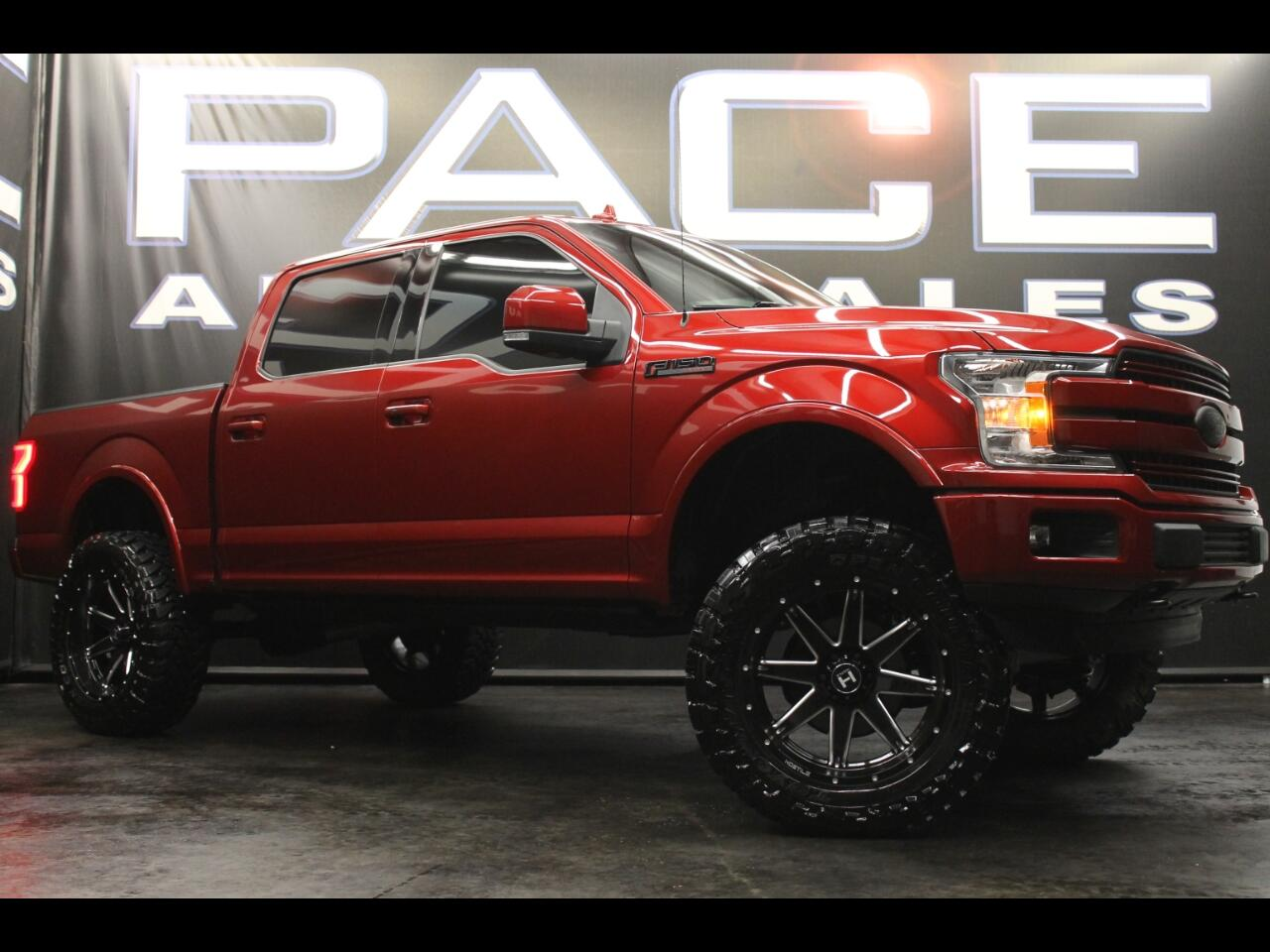 2018 Ford F-150 Lariat Crew Cab 4WD Lifted Custom