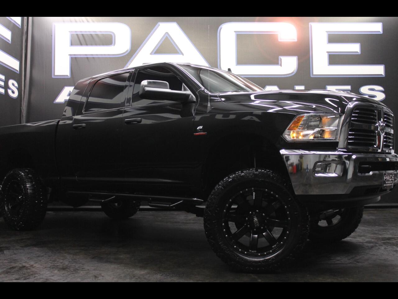 2015 RAM 2500 4WD Mega Cab Big Horn Lifted Custom