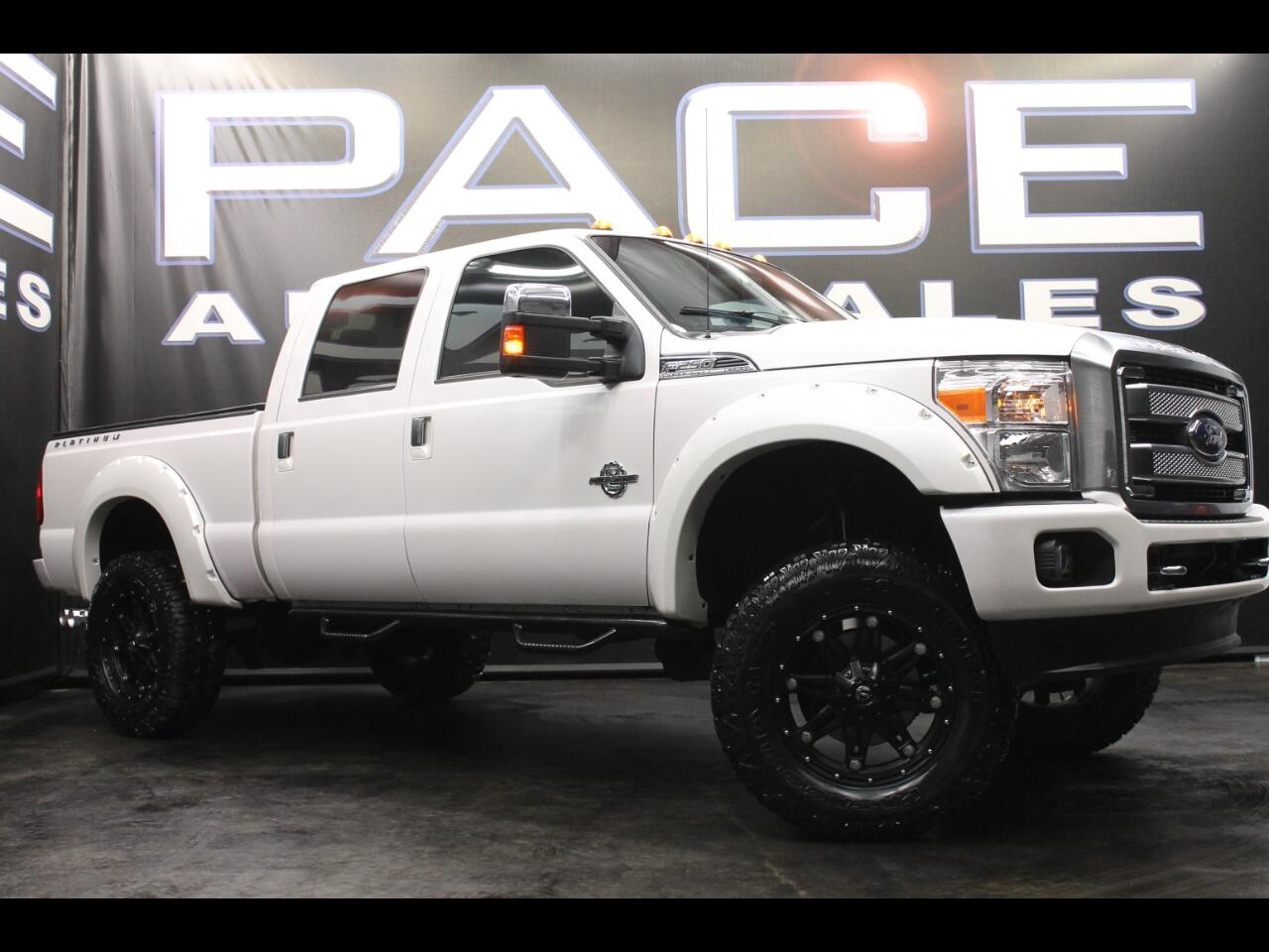 2015 Ford Super Duty F-250 SRW 4WD Crew Cab Platinum Lifted Custom