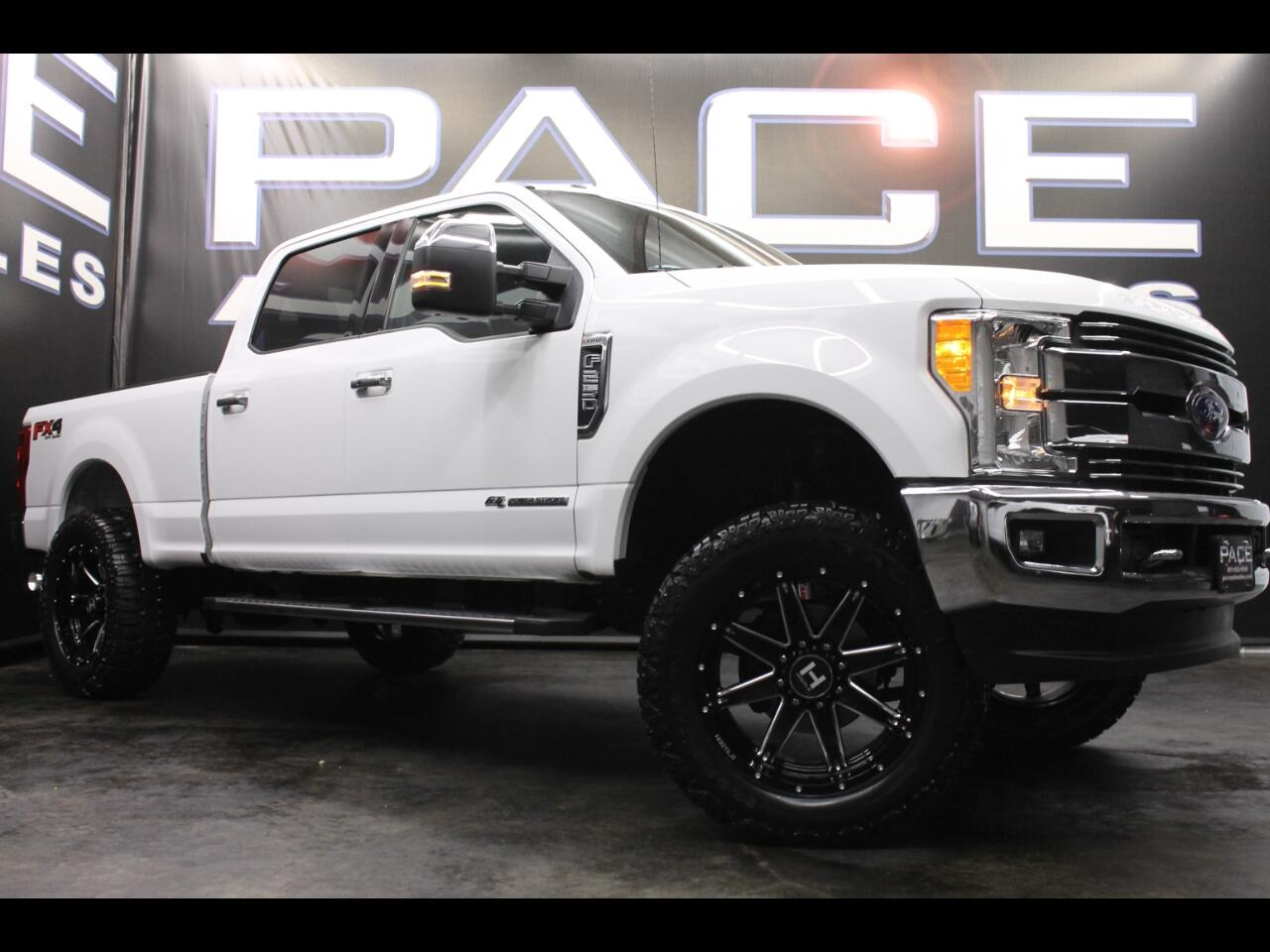 2017 Ford Super Duty F-250 SRW Lariat Crew Cab 4WD Leveled Custom