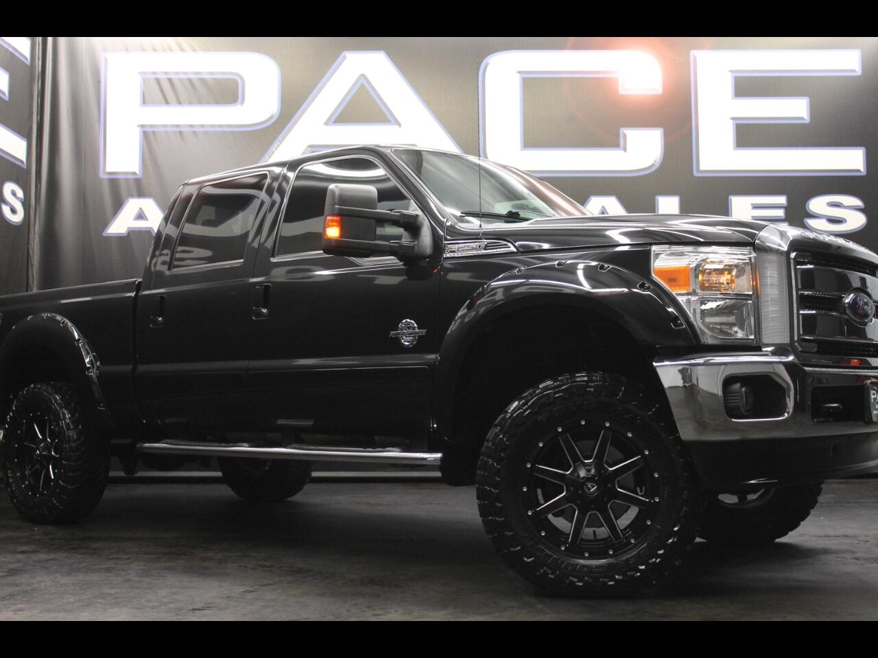 2013 Ford Super Duty F-250 SRW Lariat Crew Cab FX4 Lifted Custom
