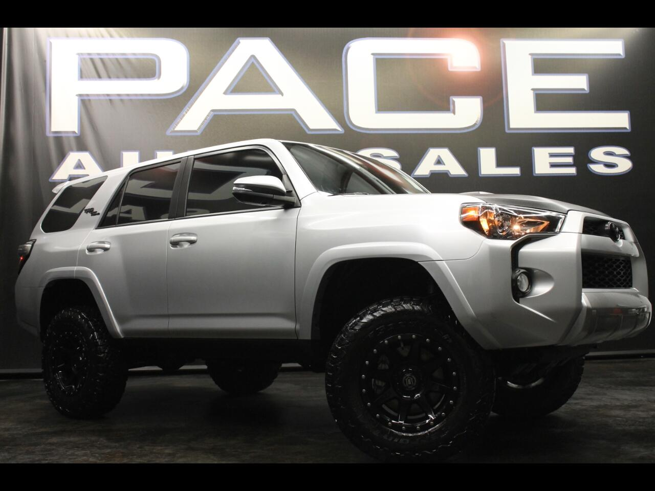 2018 Toyota 4Runner TRD Off Road 4WD Lifted Premium