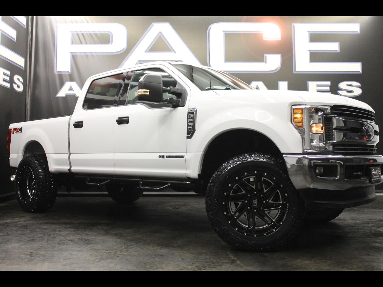 2018 Ford Super Duty F-250 SRW FX4 4WD Crew Cab Leveled Custom