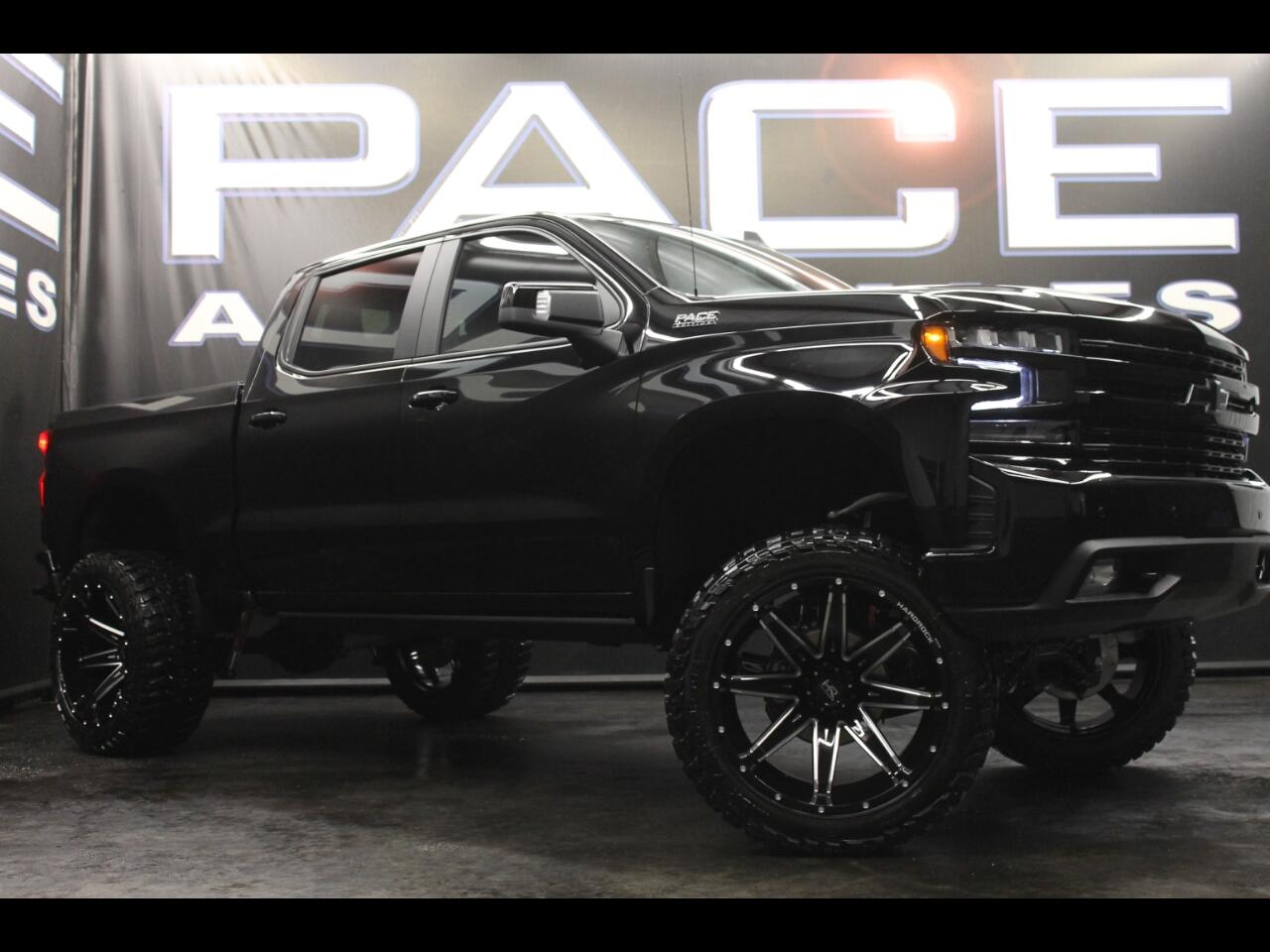 2019 Chevrolet Silverado 1500 4WD Crew Cab Lifted Pace Edition