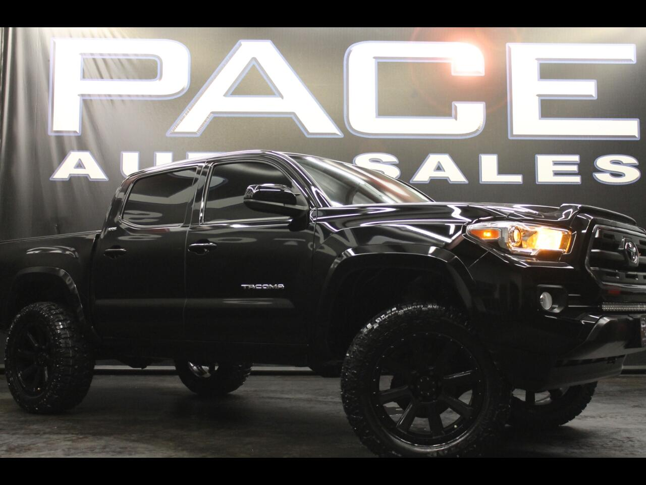 2017 Toyota Tacoma SR5 Double Cab 4x4 Lifted Custom