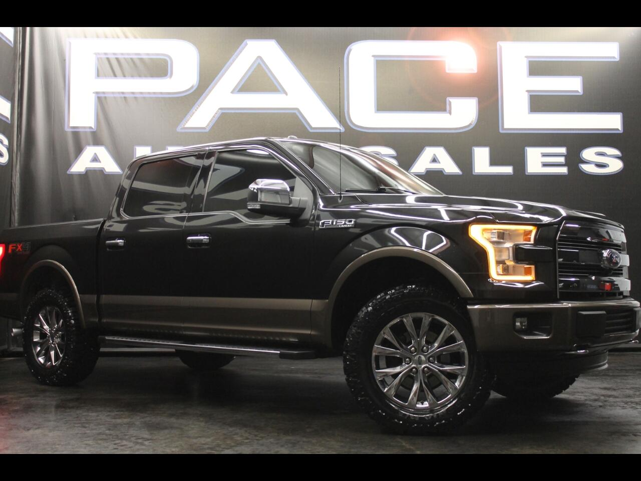 2015 Ford F-150 4WD SuperCrew Lariat FX4 Leveled