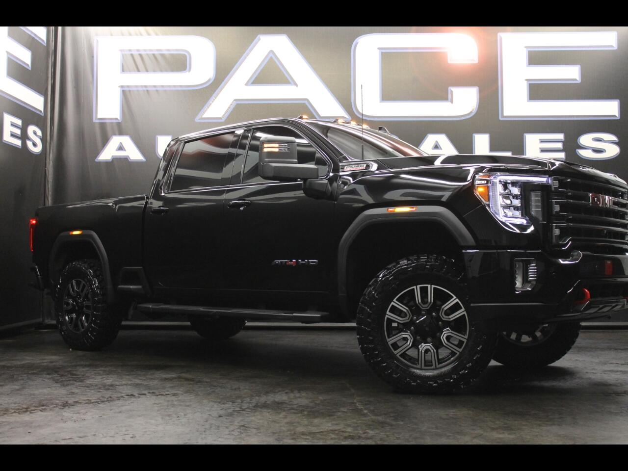 2020 GMC Sierra 2500HD 4WD Crew Cab AT4 Leveled