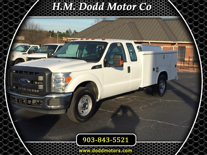 2016 Ford Super Duty F-350 SRW XLT Super Cab Reading Service Bed