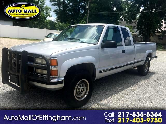 1995 Chevrolet C/K 2500 Ext. Cab 8-ft. Bed 4WD