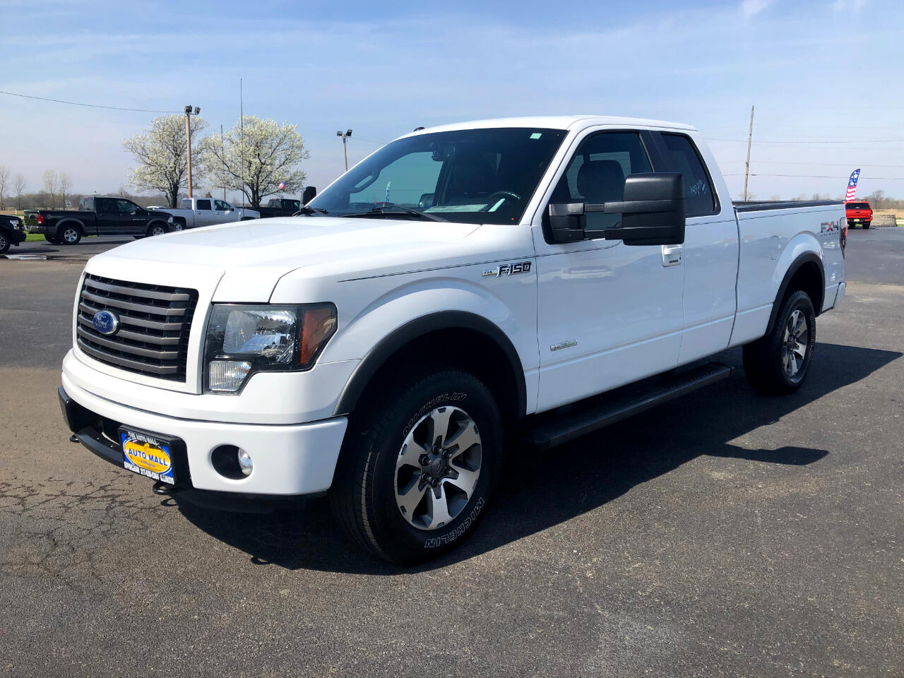 """Ford F-150 4WD SuperCab 145"""" Lariat 2011"""