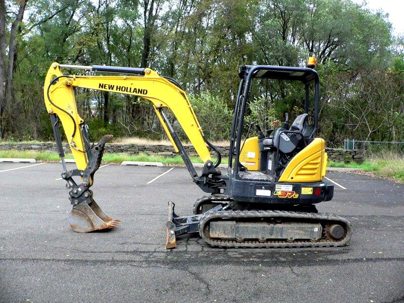 2016 New Holland Other E37C