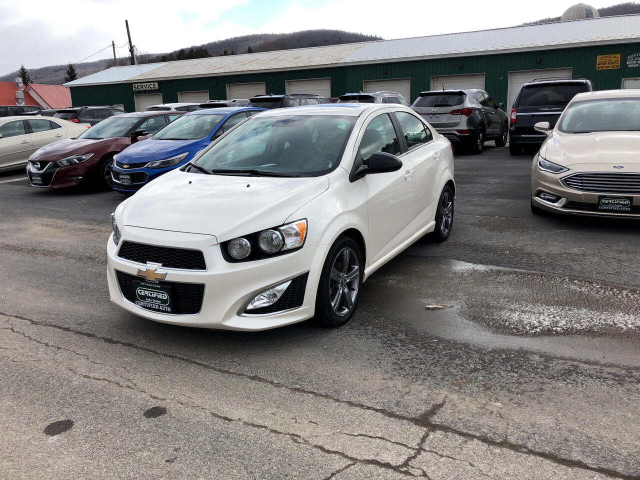 2016 Chevrolet Sonic 4dr Sdn Auto RS