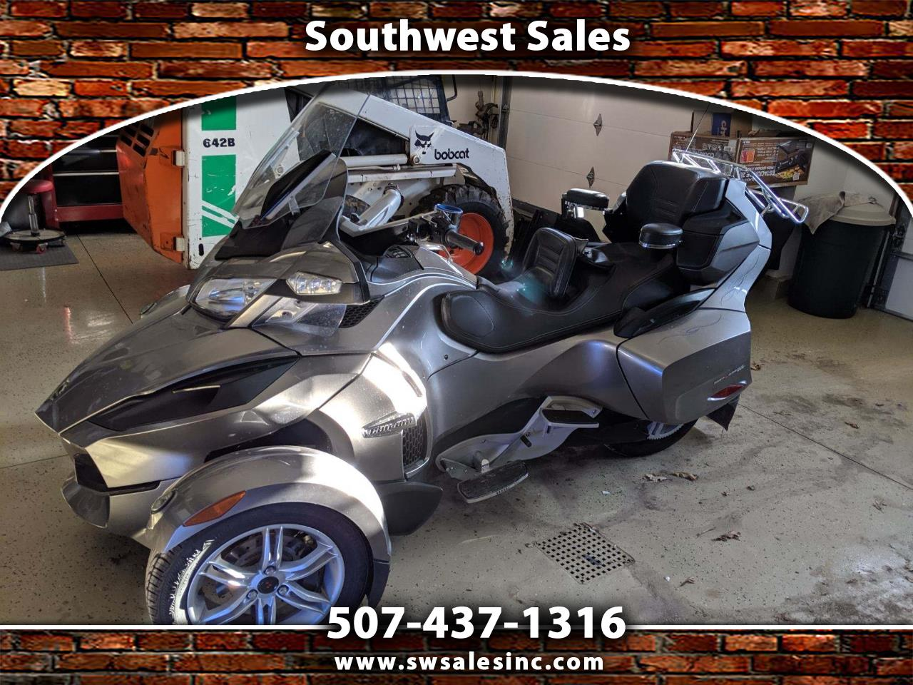 Can-Am Spyder Limited 2011