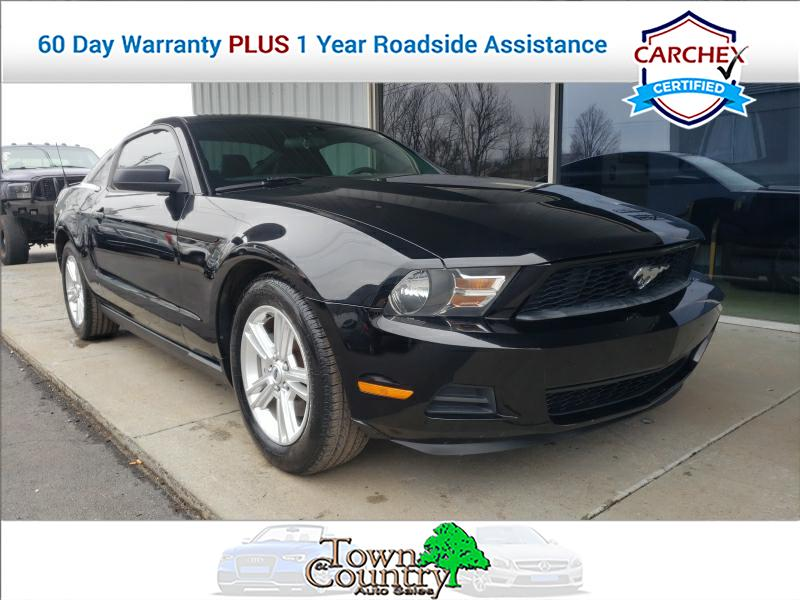 2012 Ford Mustang 2dr Coupe