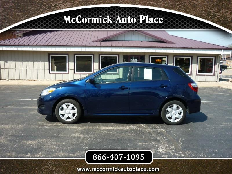 Toyota Matrix Base 4D Hatchback 2009