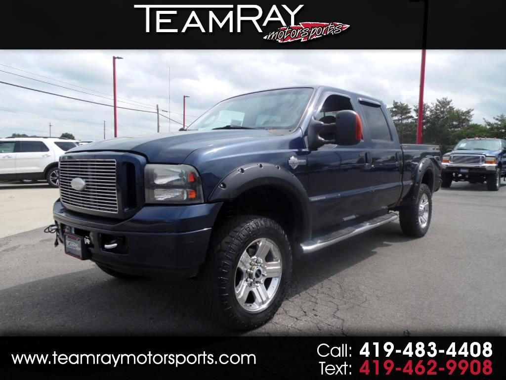2005 Ford Super Duty F-250 Crew Cab 156