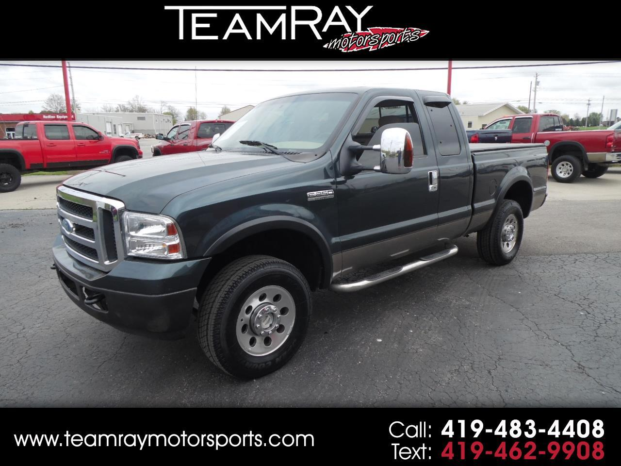 "2006 Ford Super Duty F-250 Supercab 142"" XLT 4WD"