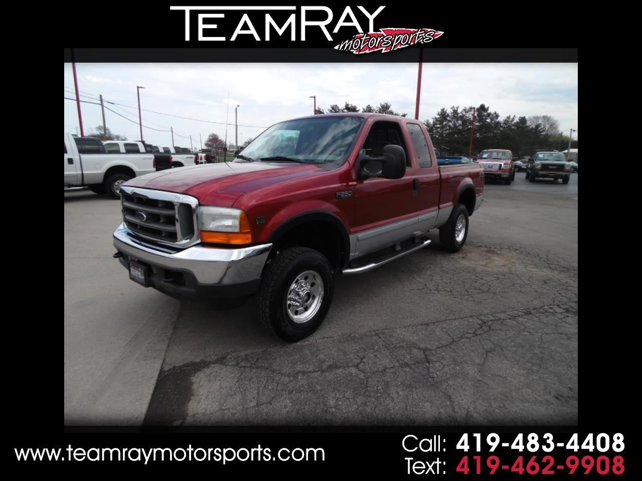 "2001 Ford Super Duty F-250 Supercab 142"" XLT 4WD"