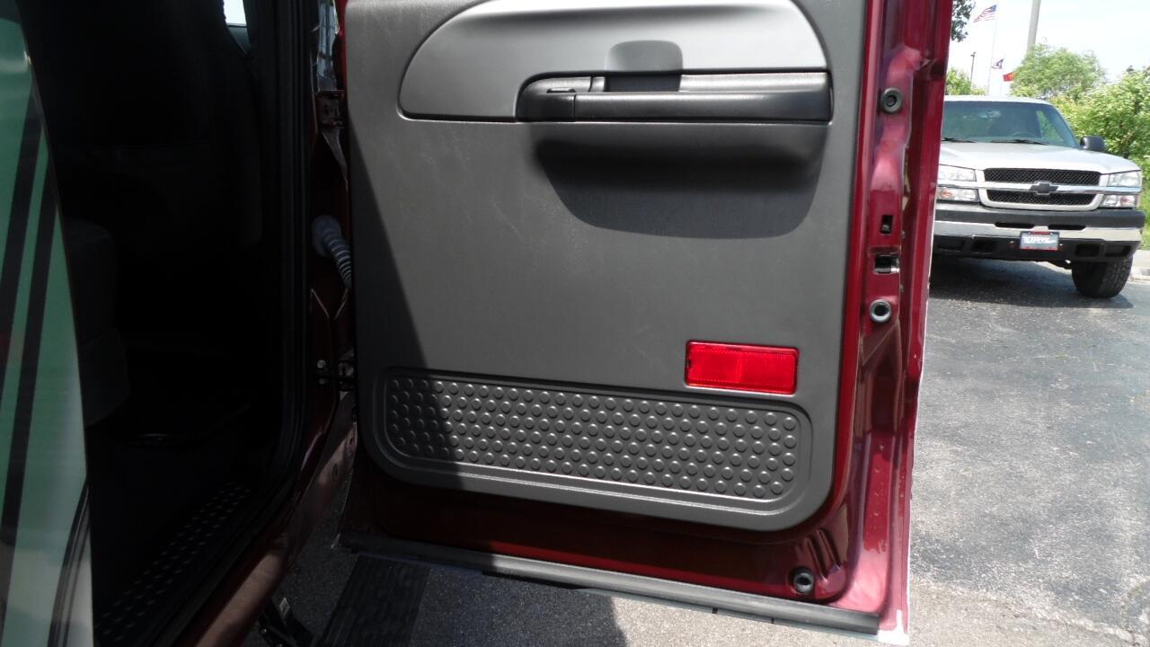 2006 Ford Super Duty F-250 Crew Cab 156