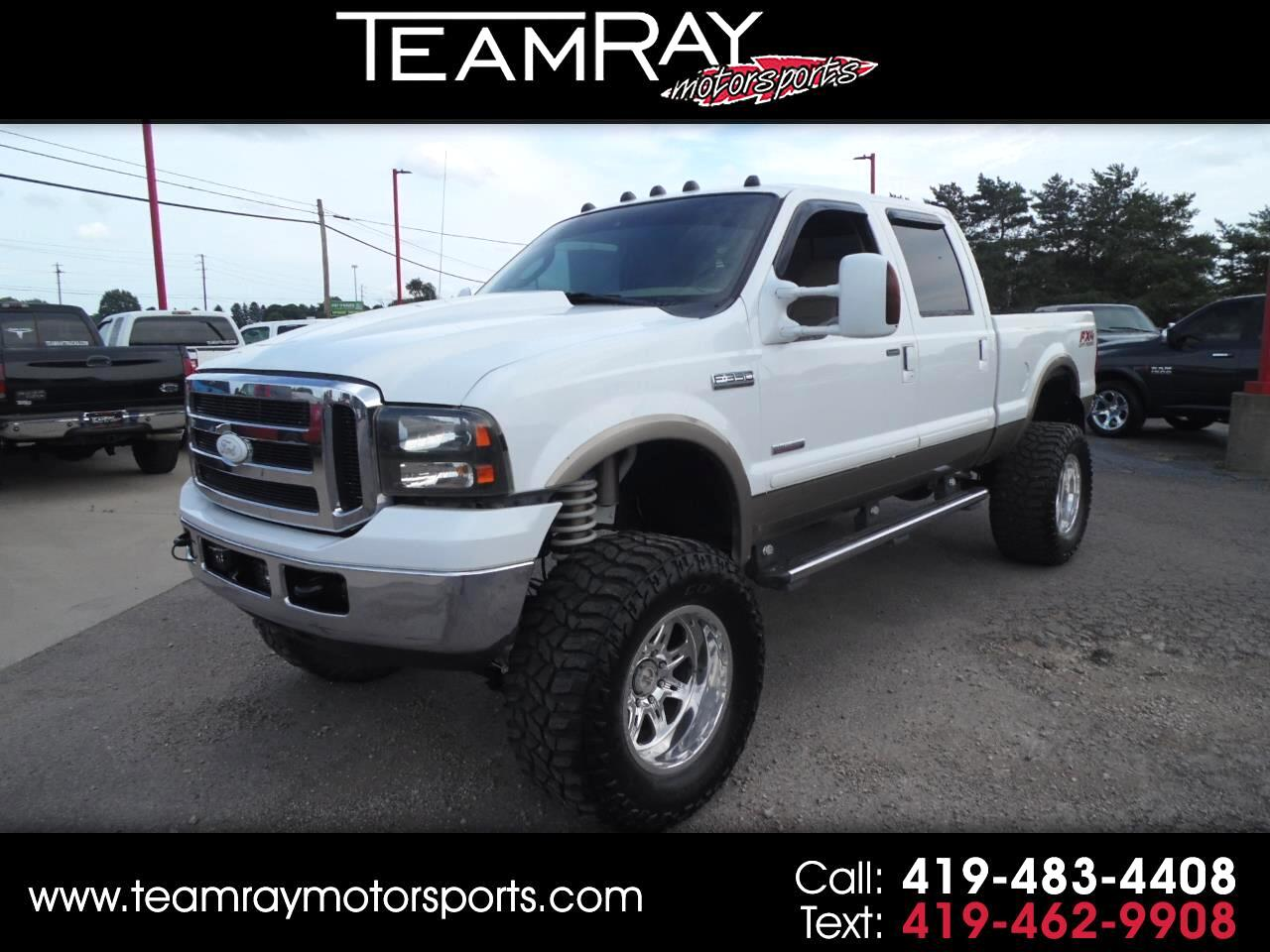 2005 Ford Super Duty F-350 SRW Crew Cab 156