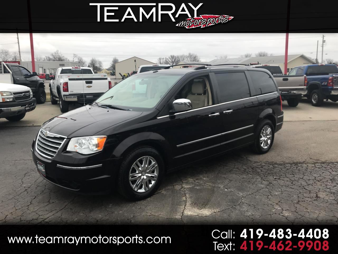 Chrysler Town & Country 4dr Wgn Limited 2010