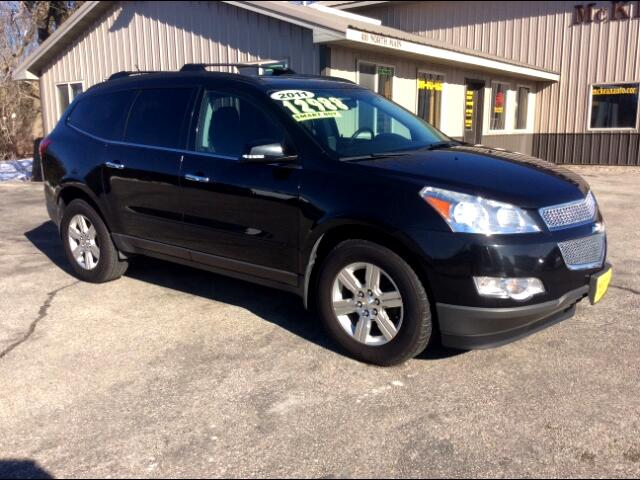 2011 Chevrolet Traverse lt awd local trade ready for snow new tires