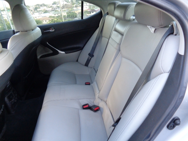 Lexus IS IS 250 6-Speed Manual 2009