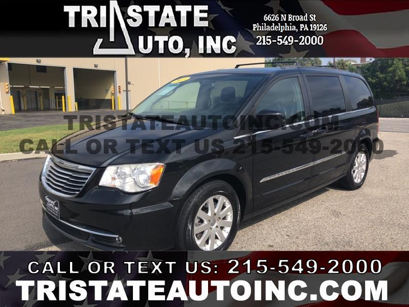 2013 Chrysler Town & Country Wagon Touring V6