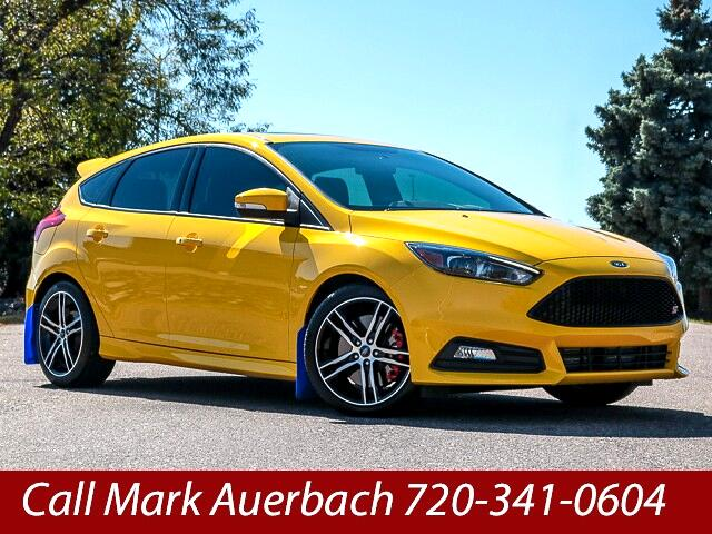2017 Ford Focus ST 3