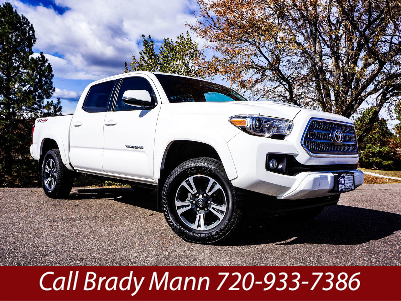 2017 Toyota Tacoma TRD Sport Double Cab Short Bed V6 AT 4WD