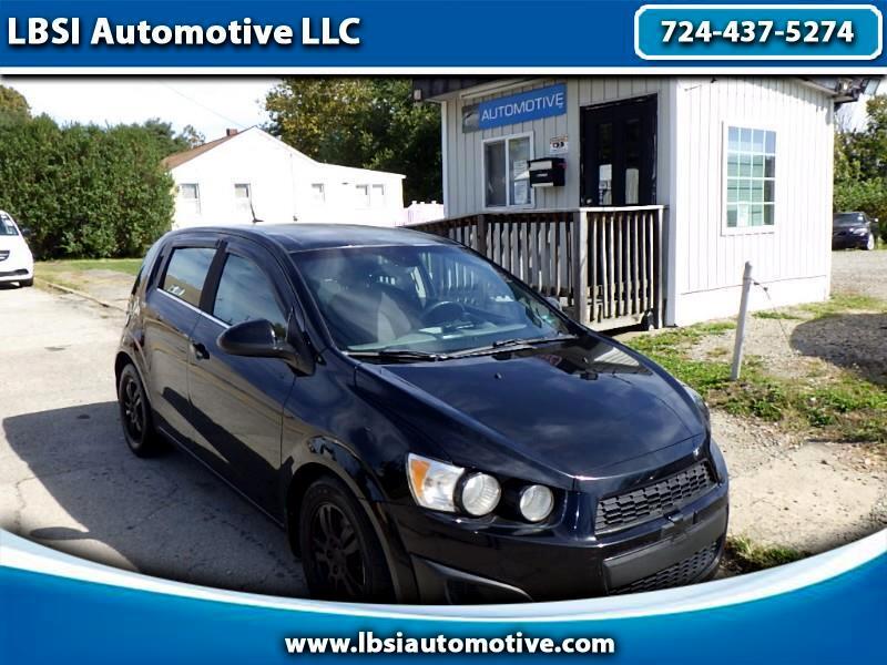 Chevrolet Sonic 1LT 5-Door 2012