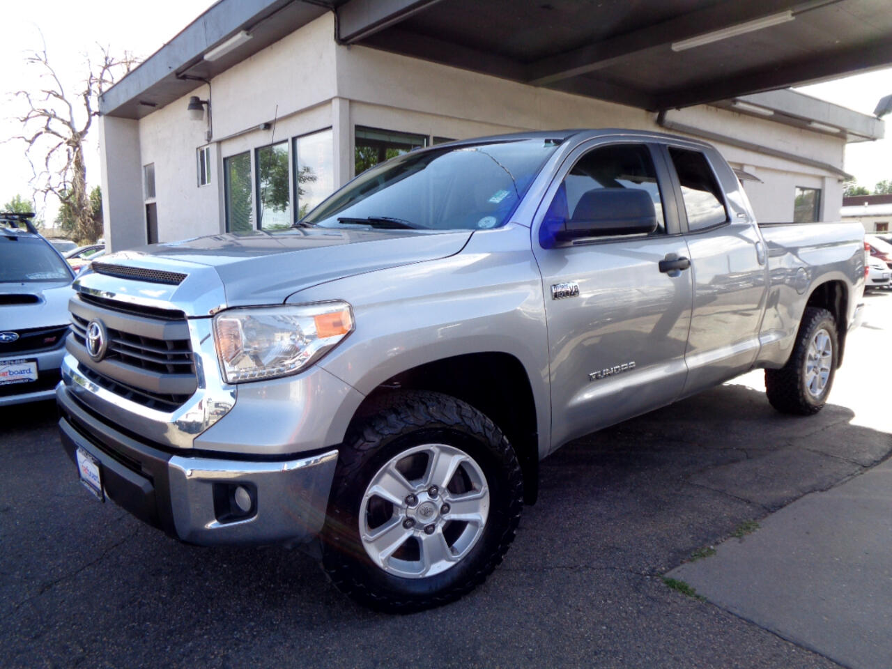 2014 Toyota Tundra 4WD SR5 Double Cab 6.5' Bed 5.7L (Natl)
