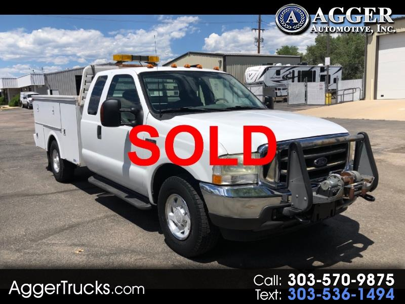 "2003 Ford Super Duty F-350 SRW SuperCab 162"" WB 60"" CA Lariat"