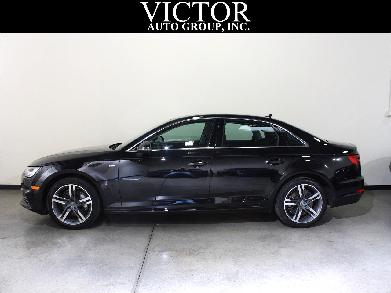 2017 Audi A4 2.0T quattro Premium Plus Sedan AWD