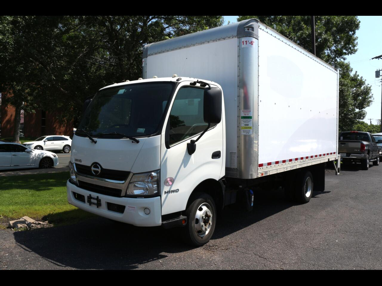 2016 Hino 155 Box Truck