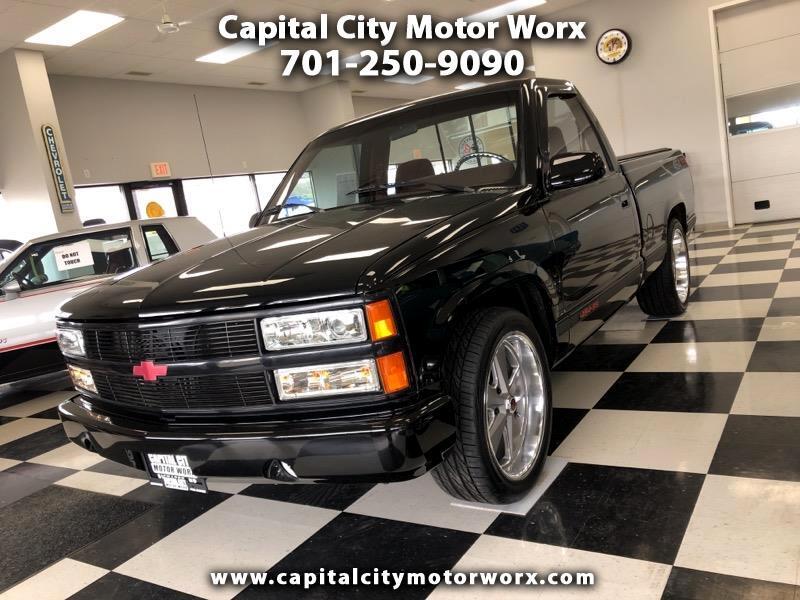 """Chevrolet C/K 1500 Reg Cab 117.5"""" WB 454 SS 1990"""