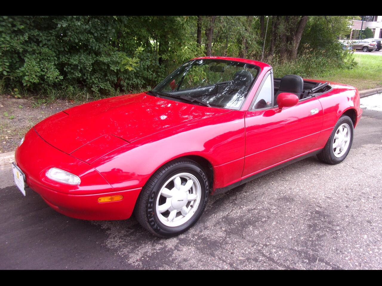 Mazda MX-5 Miata 2dr Coupe Convertible 1992