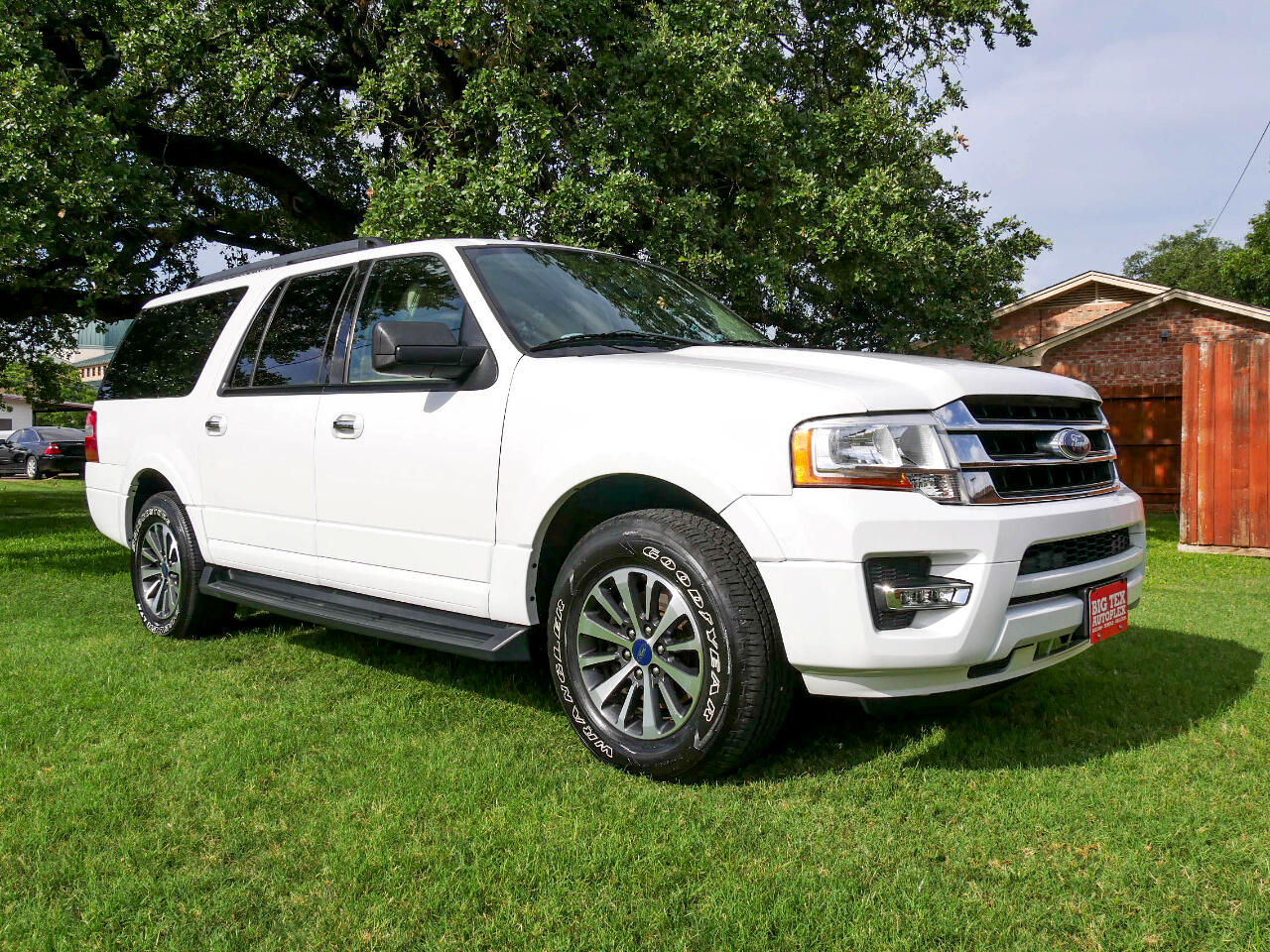 Ford Expedition EL XLT 2WD 2016