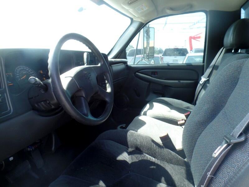 Chevrolet Silverado 3500 Regular Cab 2WD 2005