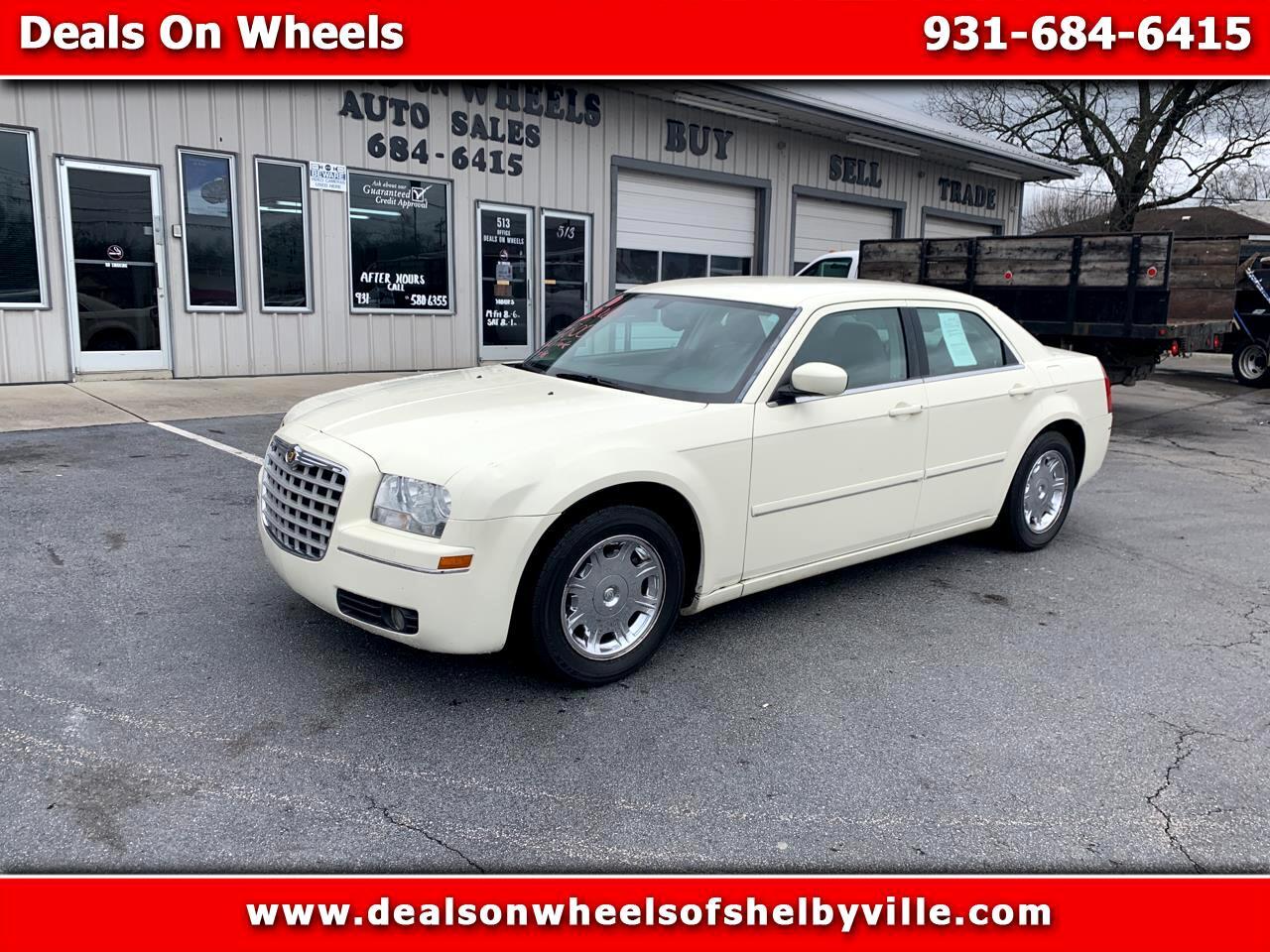 Chrysler 300 4dr Sdn 300 Touring *Ltd Avail* 2005